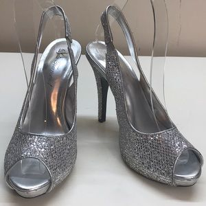 Lulu Townsend Sparkly Silver SlingBack Heels Size7